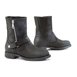 Boots Eva by Forma